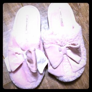 Victoria secret slippers large pink bows 🎀🎀